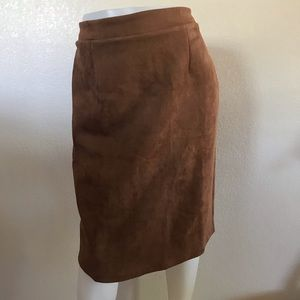 Solitaire Women's Suede Skirt Size M Brown NWT